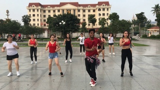 Yalla Habibi   Ragheb Alama Ft Seyi Shay & Costi  Zumba® with OM YOGA CENTER dance