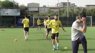 soccer training ideas 27 (Low intensity general warm up)