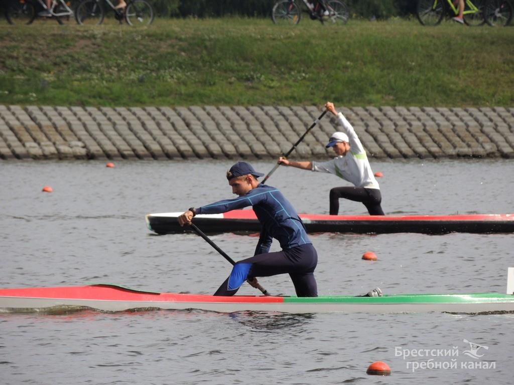 Яркий и мотивационный фоторепортаж с соревнований на гребном канале