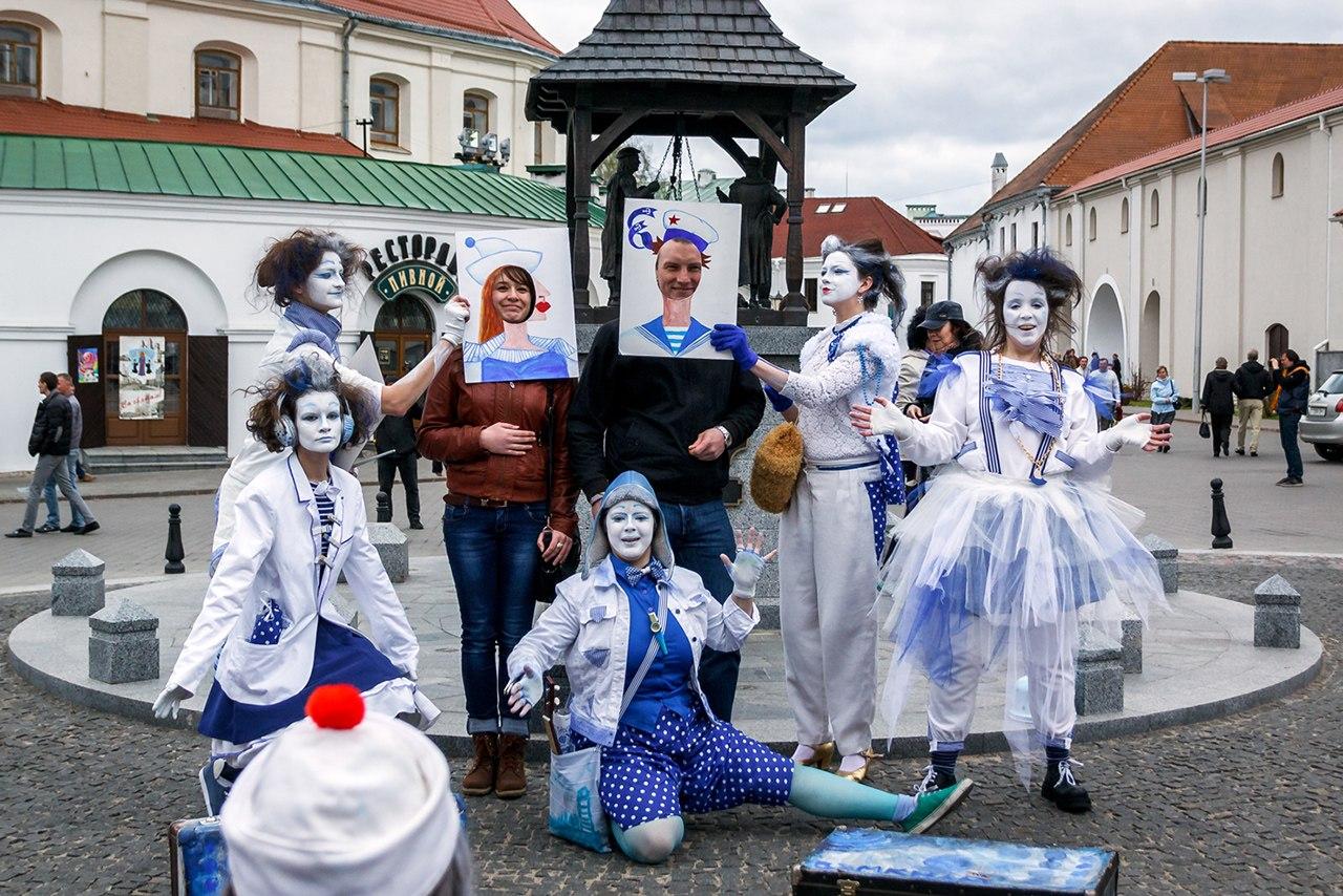 Передвижной фестиваль театров Петербурга