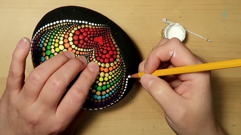 EASY Dot Art Stone Painting Using ONLY a Qtip Pencil FULL TUTORIAL Rainbow Heart