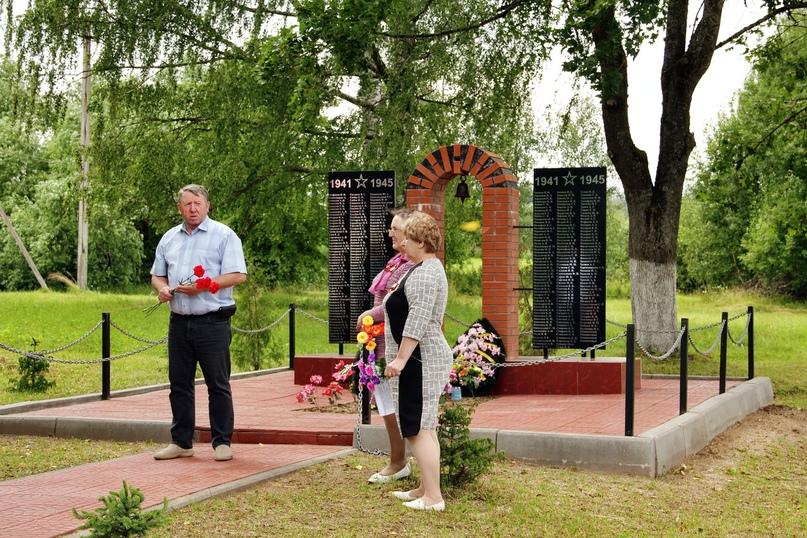 Торжественные мероприятия, посвященные освобождению от гитлеровской оккупации деревень Себежского района Дубровка и Томсино., изображение №5