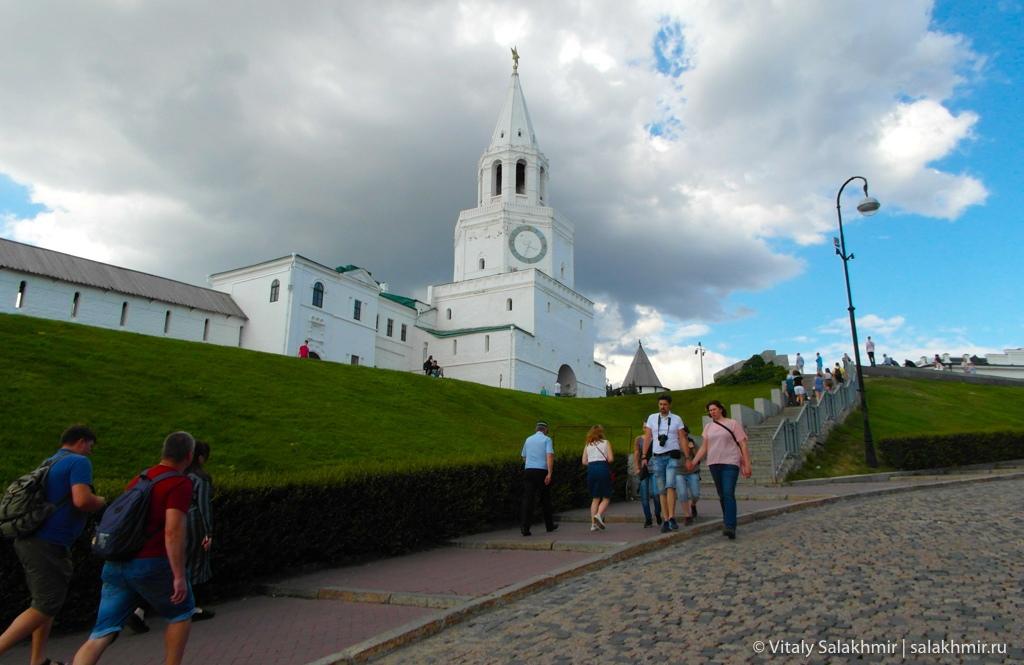 Вход в казанский кремль –Казань 2020