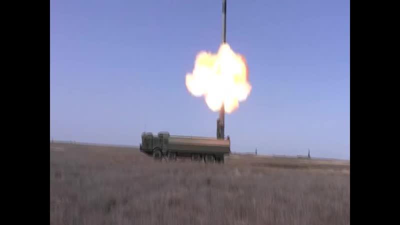 Учения Кавказ. В ход идут противокорабельные ракеты.mp4