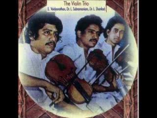 Легендарное трио братьев Лакшминараяна.. Hamsadhwani Varnam