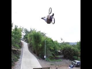 Mr.b extreme video