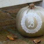 Золотая тыква с виньеткой на Хэллоуин (МК)