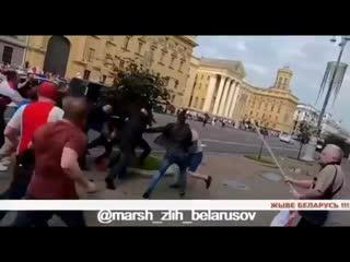 В Беларуси больше нет легитимных органов власти. Силовики стали незаконными вооружёнными формированиями