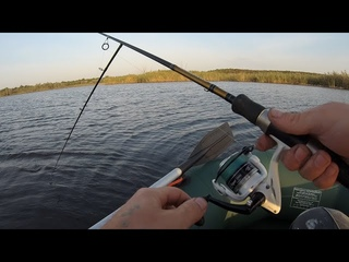 Ну и рыбалка, щука укусила за палец и сломала спиннинг