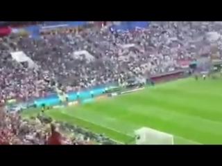 Чемпионат мира по футболу в России или концерт BTS