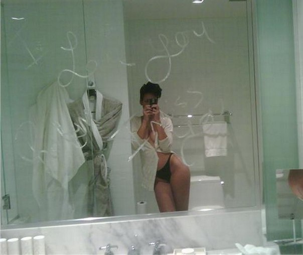 Rihanna Nude Leaked Photos Nsfw