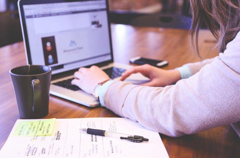 Бесплатный вебинар «Школа или альтернативные форматы обучения», изображение №1