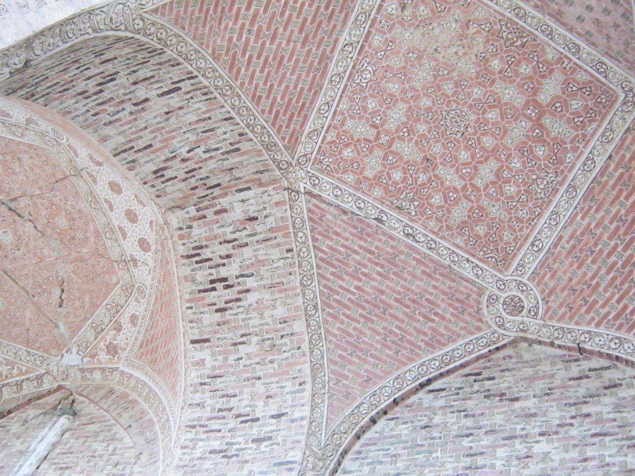 мозаика мавзолея Олджейту в Султание