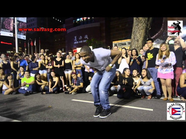 Giordano Duberger Street Salsa @ Orchard Singapore