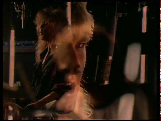 DEF LEPPARD - Love Bites (Official Music Video)