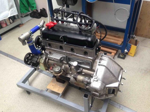 УАЗ двигатель УМЗ 451-Turbo, многоточечный впрыск топлива UAZ old Russian engine supercharged