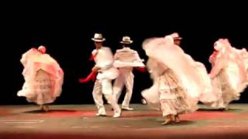 Baile De Bomba Puertorriqueña