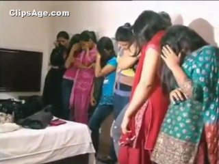 Reallife video of pakistani college girls caught for prostitution