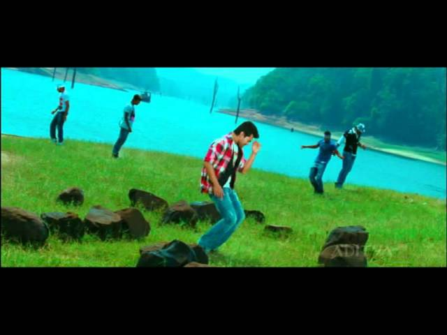 Racha hd video song oka padham mopagalige chote chalu