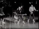 Suzi Quatro - Devil Gate Drive - The Original B W Clip
