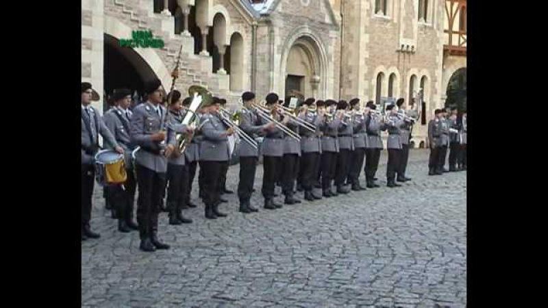 Marsch Erstes Bataillon Garde, Armeemarsch Nr7.wmv