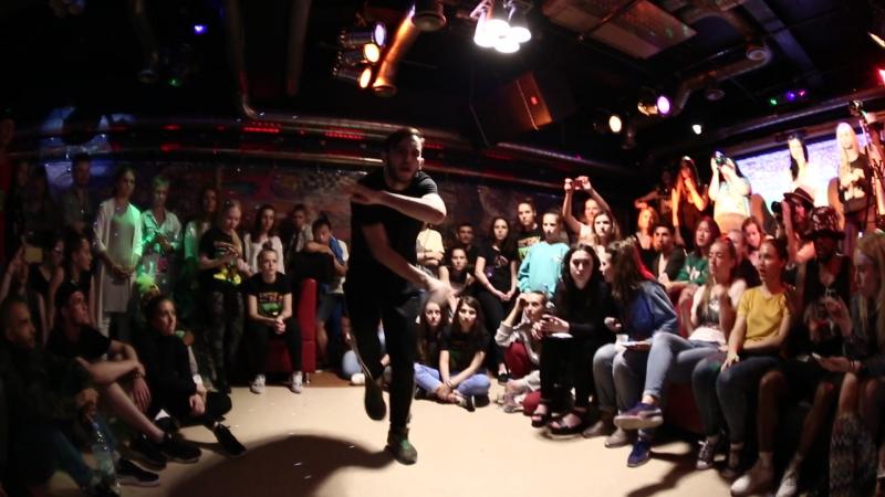 Seven2smoke Ilya FootOnFaya vs JuliYago