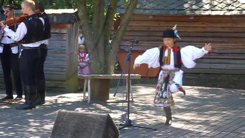 Za Moravú třešně sú Marek Pavlica ze Starého Města STRÁŽNICE 2012 SOUTĚŽ DĚTÍ