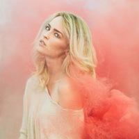 Цветной дым, краски Холи, меловые краски
