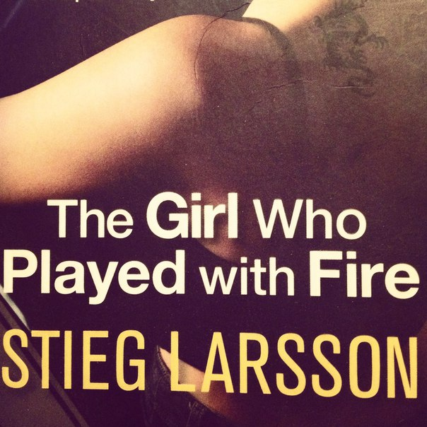 Book cover larsson stieg the girl who played with fire