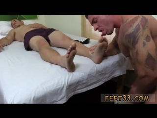 Chinese gay twink feet and toes and men kissing boy feet movies first