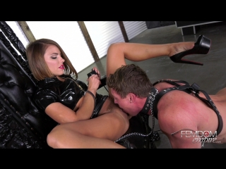 Adriana Chechik - Oral Fuck Slave [2018, Femdom, Humiliation, High Heels, Brunette, Pussy Worship, Queening, Oral, Anal Play]