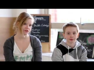 Französische Lehrerin Fickt Ihren Schüler