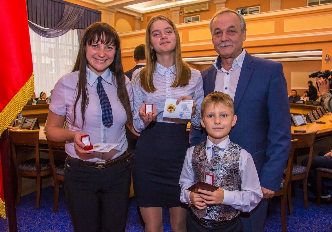 семья Слизевич – Марина Александровна, Виктория и Владислав