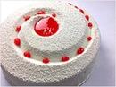 Gâteau aux fraises, mousse chocolat blanc-coco, coulis de fraises et biscuit spéculos