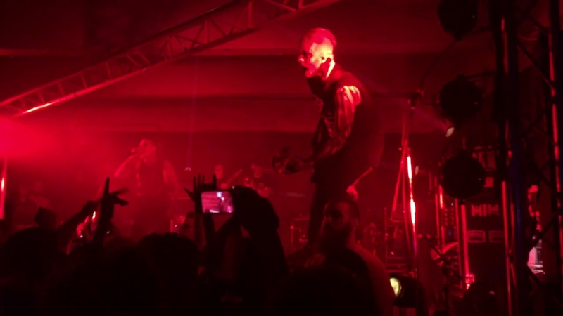 Motionless in White Immaculate Misconception Featuring Angelo Parente Live 12 22 2018 Level
