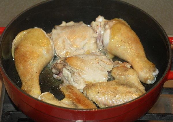 Тушеная курица с помидорами и баклажанами, изображение №2