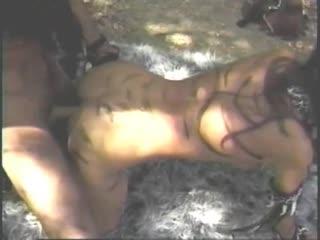 Bushwoman: she takes two / первобытная женщина: она трахается с двумя (studley lamont, raw silk video) [sex, porn, classic, vod]