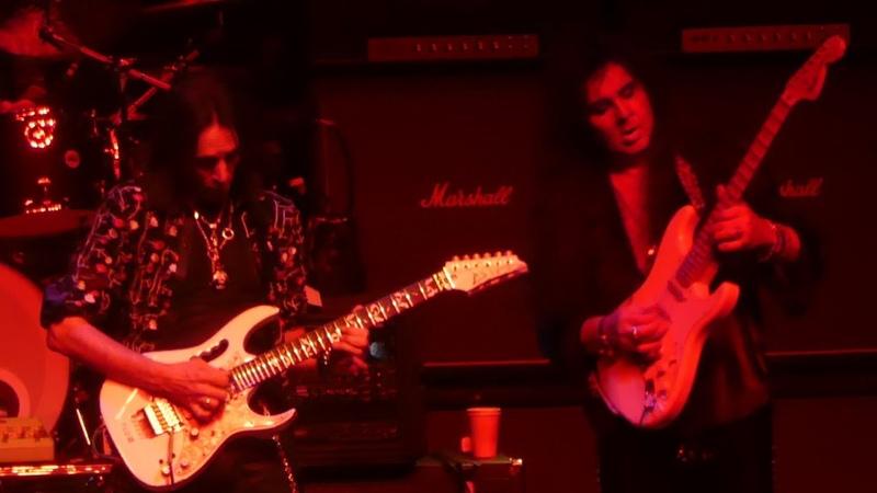 Bohemian Rhapsody, Steve Vai Yngwie Malmsteen Zakk Wylde Nuno Bettencourt