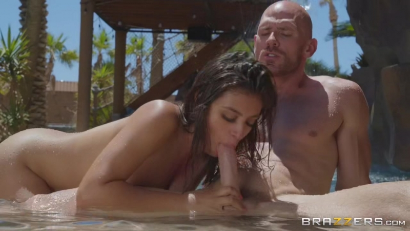 Ella Knox - Make Me Wet