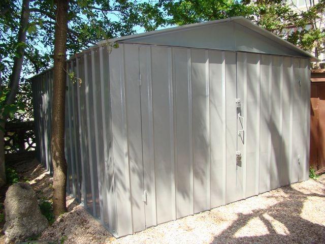 Металлический сборный гараж — потребует объемных утеплительных работ