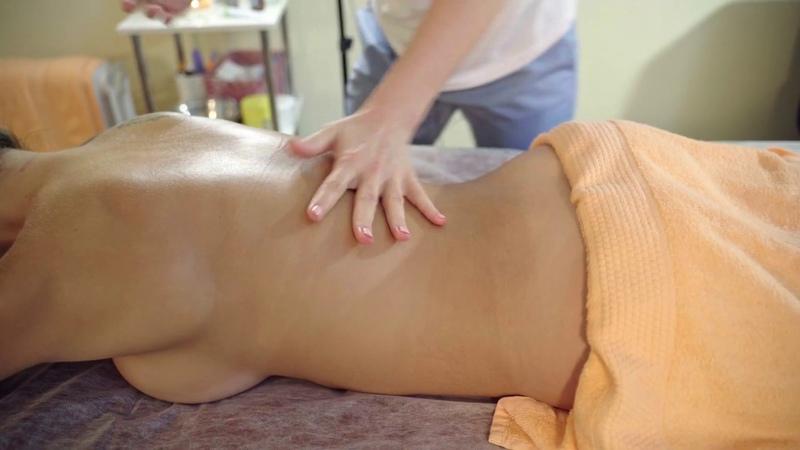 Массаж спины Алине по секретному крему Back massage