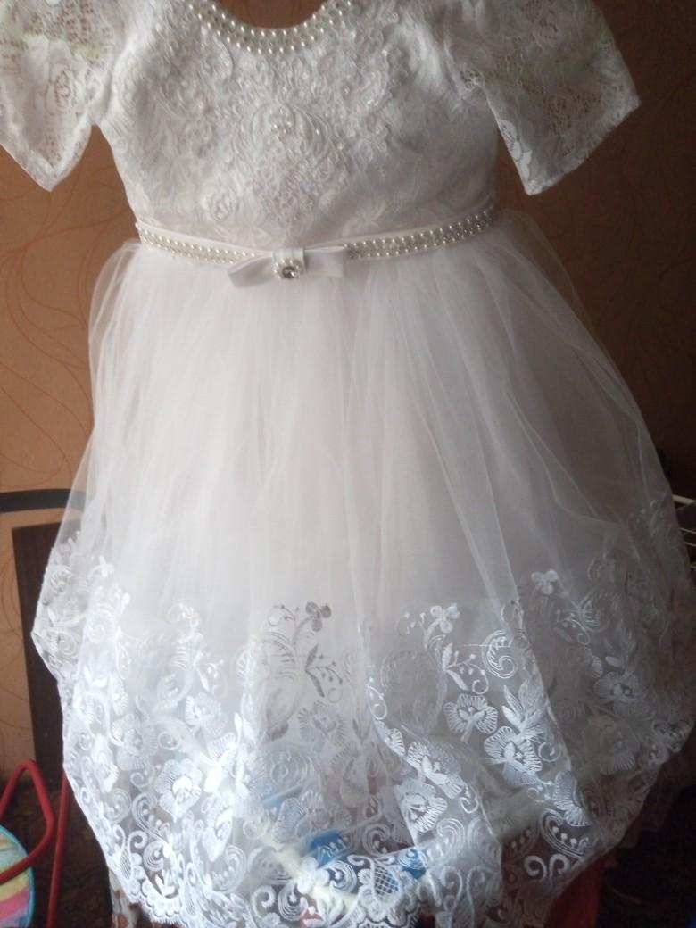 Продам детское платье 1000руб.