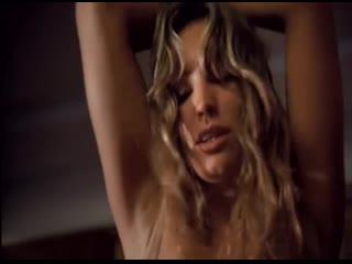 Обнаженная келли брук в подборке секс сцен из фильмов