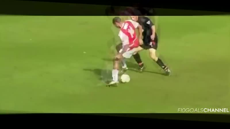 Thierry Henry Taking the pss out of defenders A truly beautiful