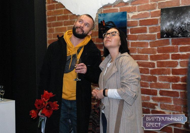 В «Калiдоре» на Островского открылась экспозиция Веры Ерёмовой «Покажи мне Австралию»