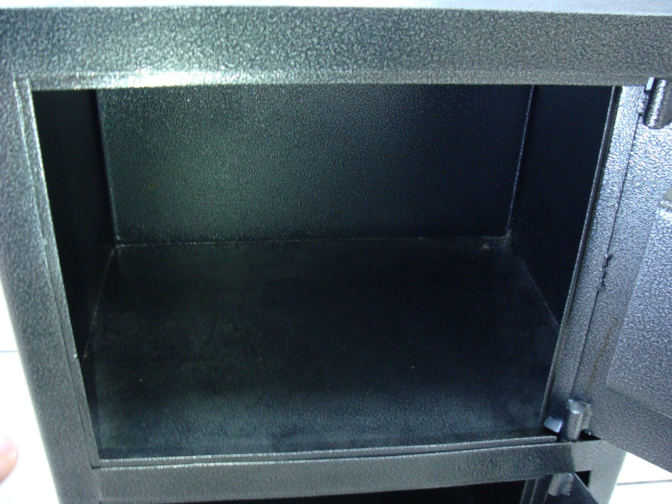 Продам металлический (бухгалтерский) шкаф и много кассовых ящиков | Бесплатные объявления