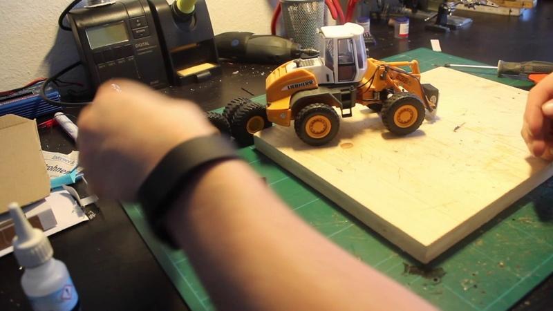 Radlader Umbau Teil 8 neue Reifen Siku Control Full HD