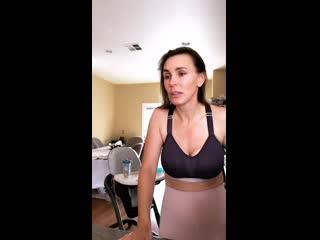 Tanya Tate (Таня Тейт). Мамочка на кухне