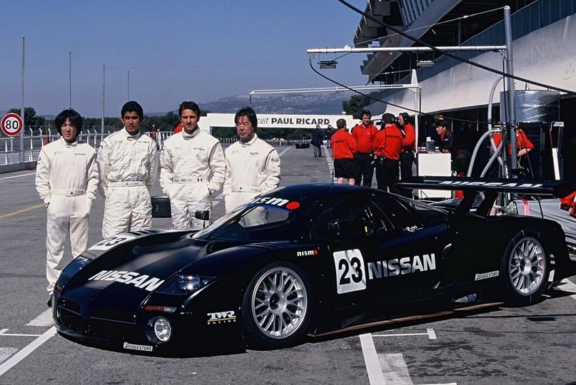 История суперкара Nissan R390 GT1, изображение №3