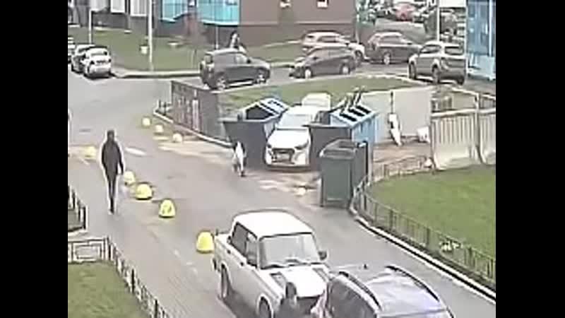 Как горе парковщик выходил из ситуации
